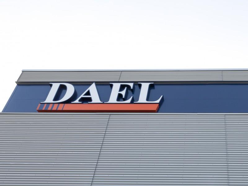 Dael 6